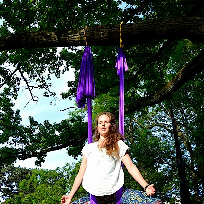 Acro and Aerial Flow Yoga -